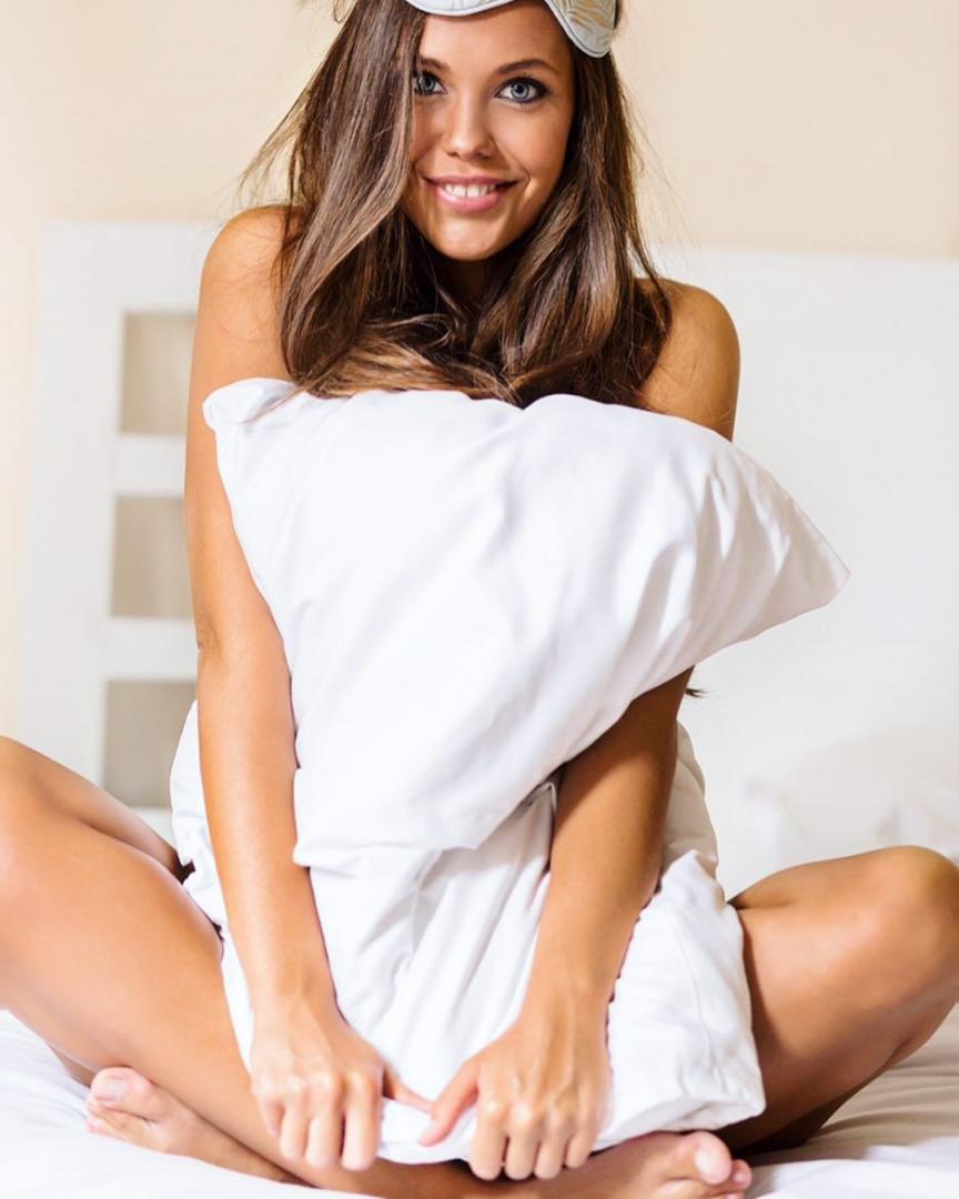 Alena-Ermolaeva-Feet-3523254.jpg
